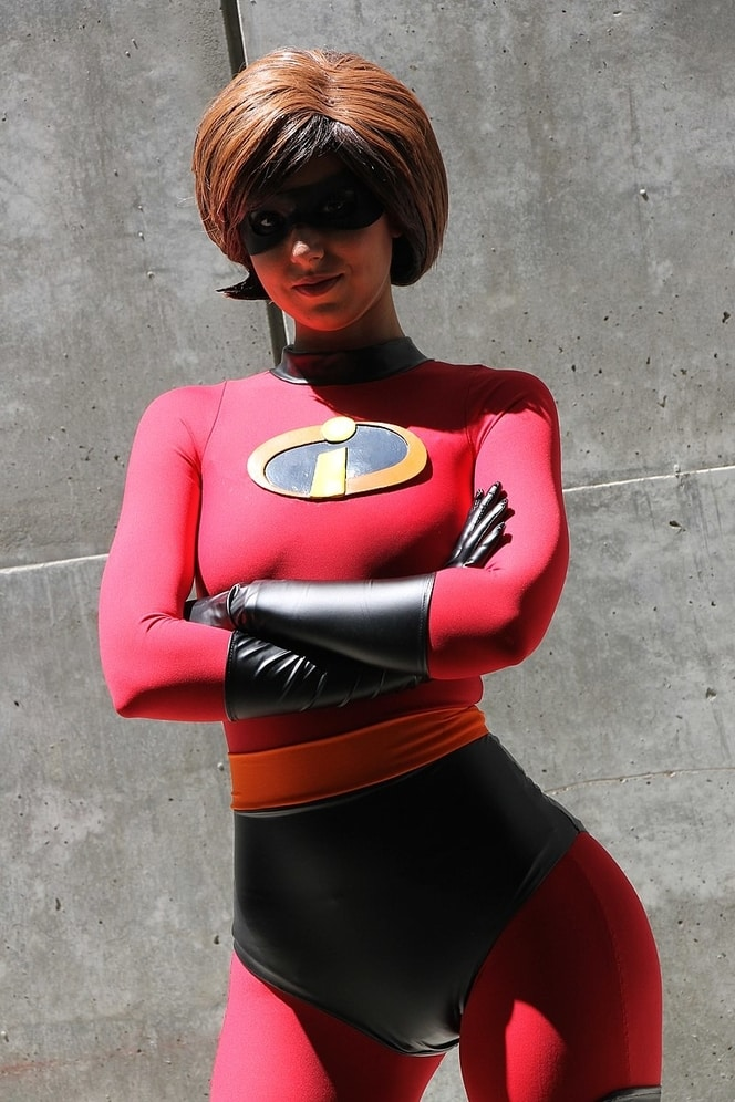 The Incredibles Costume Easy DIY Women's Elastigirl Costume